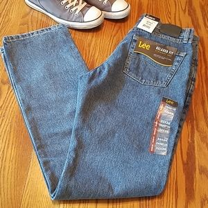 NWT Lee Relaxed Fit jeans